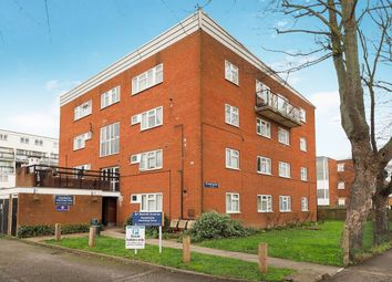 Thumbnail 3 bed flat for sale in Benhill Avenue, Sutton