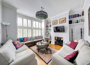 3 bed maisonette to rent in Penwith Road, London SW18