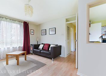 Thumbnail 1 bed flat to rent in Silverthorne Road, London