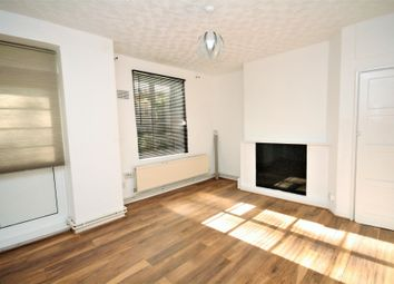 Thumbnail 3 bedroom flat to rent in Frampton Park Road, Hackney