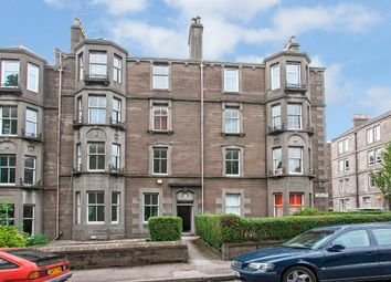 Thumbnail 2 bedroom flat for sale in 17 1/R Baxter Park Terrace, Dundee