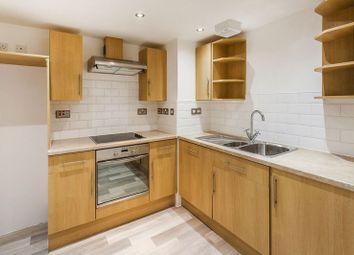 Thumbnail 2 bed flat for sale in Lingfield Road, Edenbridge, Kent