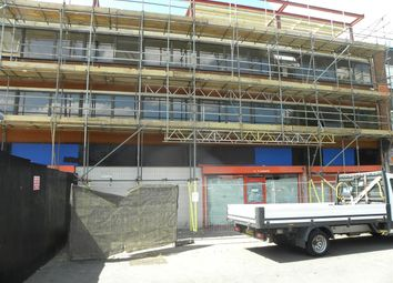 Thumbnail Commercial property to let in Farnham Road, Slough