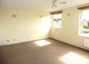 Thumbnail 3 bed maisonette to rent in St. Giles Avenue, Sleaford