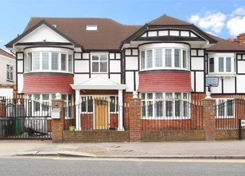 Thumbnail 7 bed terraced house to rent in Park Avenue, London