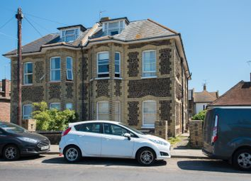 2 bed flat to rent in St. Mildreds Road, Westgate-On-Sea CT8