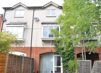 Thumbnail 4 bedroom town house to rent in Berkeley Close, Polygon, Southampton