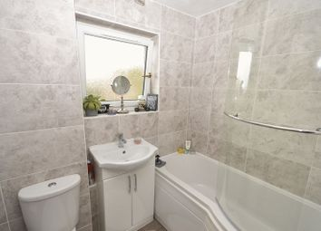 1 bed flat for sale in Howe Road, Kilsyth, Glasgow G65