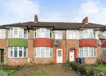 3 bed property to rent in Malden Way, New Malden KT3