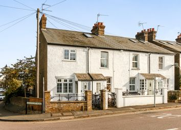 Thumbnail 2 bed cottage to rent in Heronsgate Road, Chorleywood, Rickmansworth