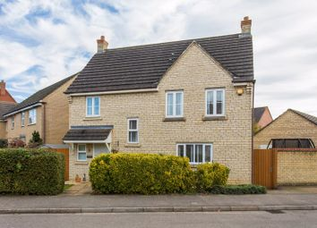 4 bed property for sale in Trefoil Drive, Bicester OX26