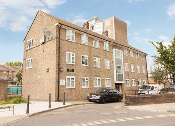 Thumbnail 4 bed flat for sale in Queen Caroline Street, London