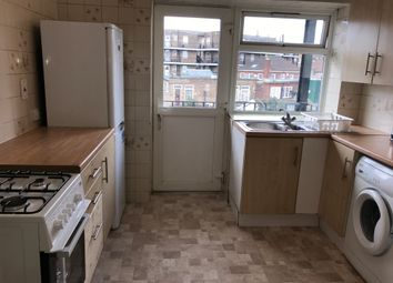 3 bed maisonette to rent in Vivian Avenue, London NW4