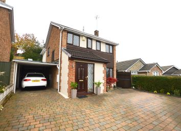Thumbnail 4 bed detached house for sale in Parkfield Close, Kippax, Leeds