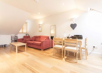 Thumbnail 1 bedroom flat to rent in Narbonne Avenue, Clapham, London
