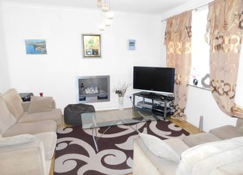 Thumbnail 3 bed flat to rent in Grove Avenue, Pinner