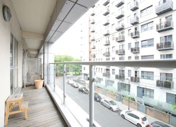 Thumbnail 1 bed flat to rent in Southgate Road, Shoreditch