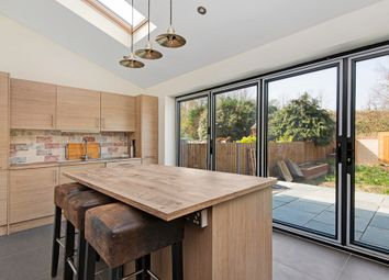 Thumbnail 4 bed property to rent in Abbott Avenue, London