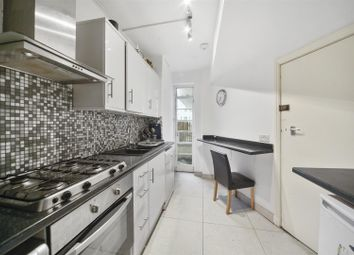 3 bed flat to rent in Gloucester Place, London NW1
