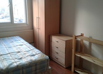 Thumbnail Room to rent in Ramsey Street, London