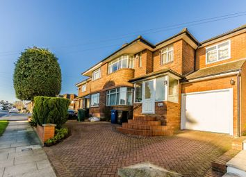 Thumbnail 4 bedroom property to rent in St James Avenue, North Finchley