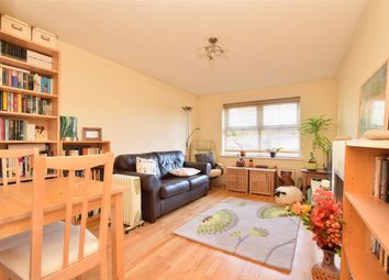 Thumbnail 2 bed flat for sale in Belmont Heights, Sutton, Surrey