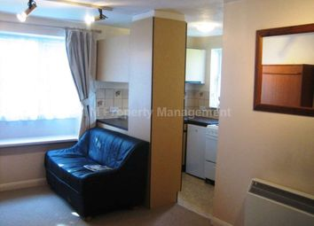 Thumbnail 1 bed flat to rent in Watersfield Close, Lower Earley, Reading