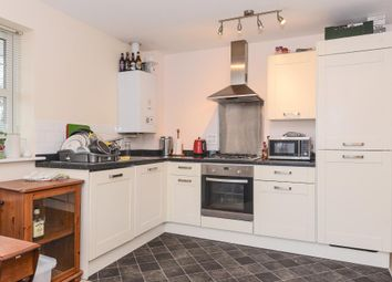 Thumbnail 2 bed flat to rent in Sidestrand Road, Newbury