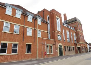 Thumbnail 2 bed flat for sale in London Road, Horndean, Waterlooville