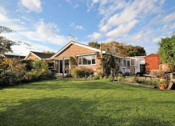Thumbnail 3 bed detached bungalow for sale in Sycamore Walk, Grove, Wantage