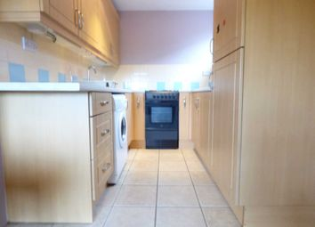 Thumbnail 1 bed flat to rent in Seaford Close, Luton