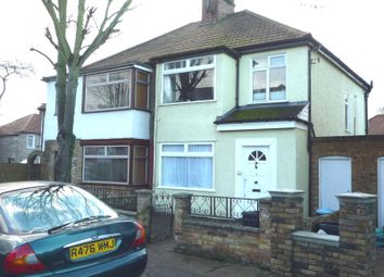 Thumbnail 1 bed flat to rent in Hounslow Gardens, Hounslow