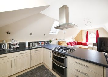 Thumbnail 1 bed flat for sale in Rockmount Road, Upper Norwood