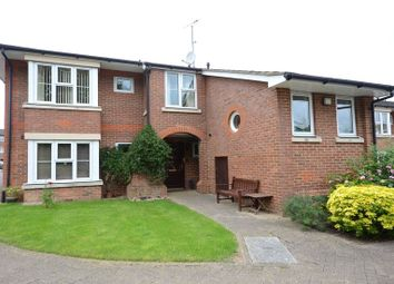 Thumbnail 2 bed property for sale in Shilling Close, Tilehurst, Reading