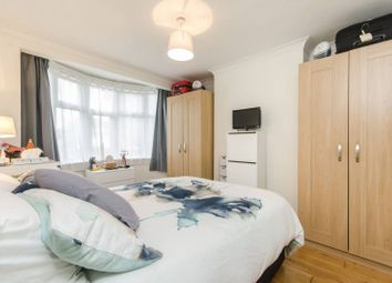 Thumbnail 1 bed flat for sale in Bushey Road, Raynes Park