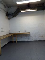 Light industrial to let in Wincolmlee, Hull HU2