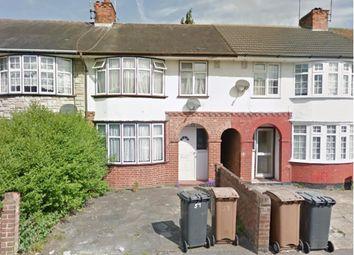 3 bed terraced house to rent in Pembroke Avenue, Luton LU4