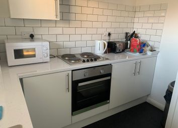 2 bed maisonette to rent in Hornsey Road, London N7