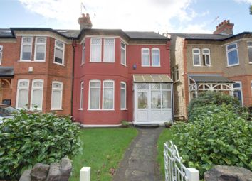 4 bed property for sale in Fords Grove, London N21