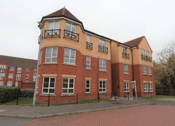 Thumbnail 2 bed flat to rent in Lakeview Avenue, Tamworth