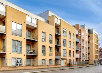 Thumbnail 3 bedroom flat for sale in Artizan Court, London