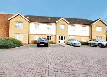 Thumbnail 2 bed flat to rent in Rossmore Close, Enfield