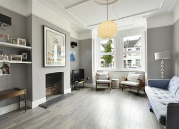 5 bed property to rent in Maldon Road, London W3