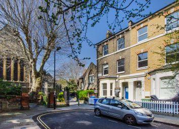 2 bed maisonette to rent in Charleston Street, Elephant And Castle, London SE17