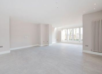 Thumbnail 2 bedroom flat to rent in Lyndhurst Road, Hampstead, London