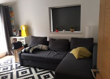2 bed maisonette to rent in George's Square, London SW6