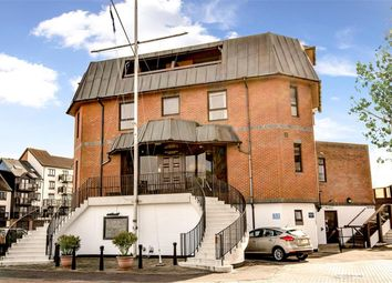 3 bed flat for sale in The Admirals Suite, Channel Way, Southampton SO14