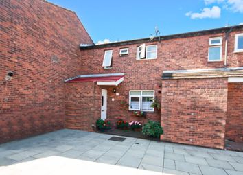 Hollowfield Walk, Northolt UB5. 3 bed terraced house