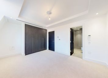 Thumbnail 2 bed flat to rent in Chandos Way, Golders Green