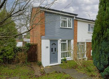 2 bed property for sale in Silverstone Close, Redhill RH1